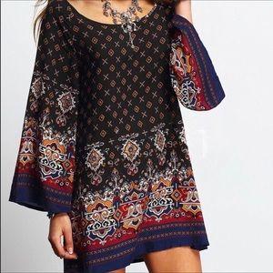Dresses & Skirts - Black, Red & Gold Long Sleeve Boho Dress, Size XXL